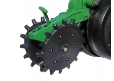 Poly Spike Closing Wheels - Closes the planter disc opening in both wet and ideal conditions.