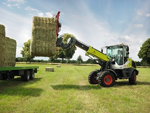CLAAS - TORION 738 T